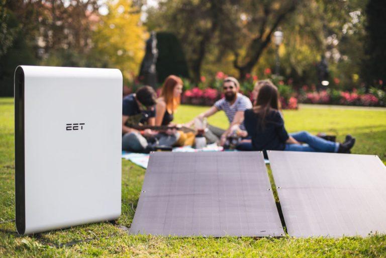 EET Energy hat Stromspeicher zum selbst installieren auf dem Balkon entwickelt